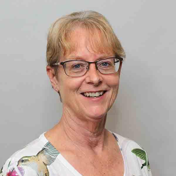 Denise Zollner staff thumbnail